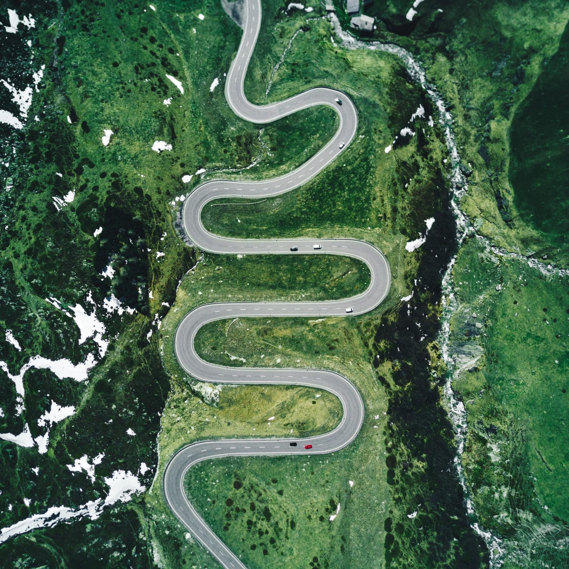 Straße mit Kurven
