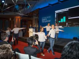 Live Auftritt einer Tanzgruppe auf der Futuras in Res